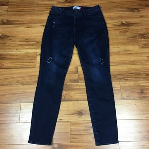 CAbi Curvy Skinny Dusk Dark Wash Jeans size 12